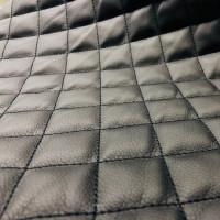 Экокожа стеганая черная 1 мм, стежка 3-слойная, ппу 5 мм сетка, нитки черные